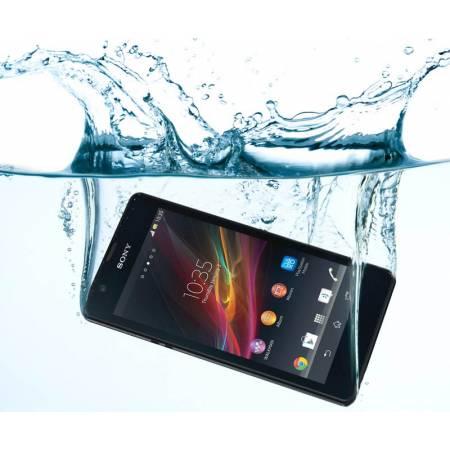 Teléfono mojado